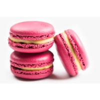 Passionfruit macaron, 6 pack