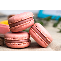 Ruby, Pink peppercorn, Red currant macaron